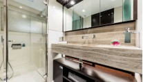 1-CL108 VARDAR -Bathroom